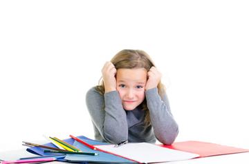 Kind hat Schwierigkeiten sich zu konzentrieren