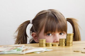 Kindern den Umgang mit Geld beibringen