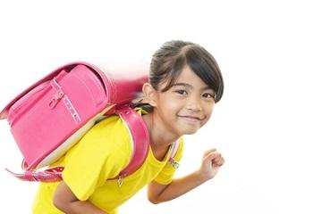 Ein gesunder Kinderrücken braucht einen guten Schulrucksack