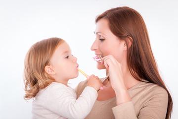 So behalten Kinder gesunde Zähne