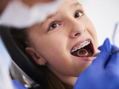 zahnarzt kinder zahnspange
