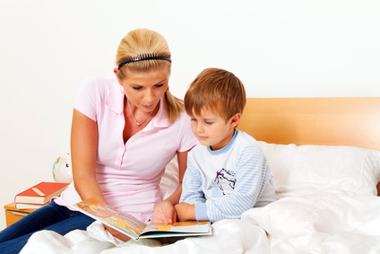 lesen lernen so k nnen eltern ihren kindern dabei helfen. Black Bedroom Furniture Sets. Home Design Ideas