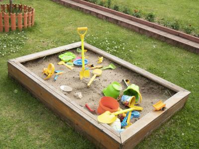 sandkasten für kinder selber bauen