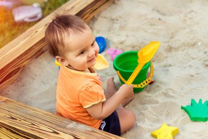 Was braucht man um einen Sandkasten selber zu bauen