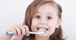Richtig Zähne putzen für Kinder